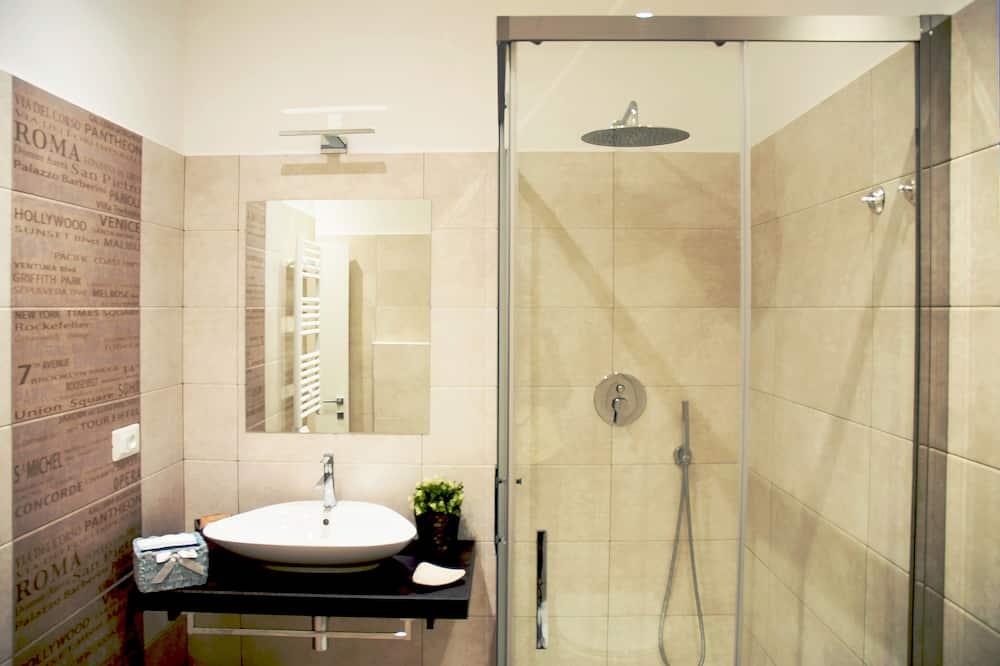 Luxury-Dreibettzimmer, Stadtblick - Badezimmer