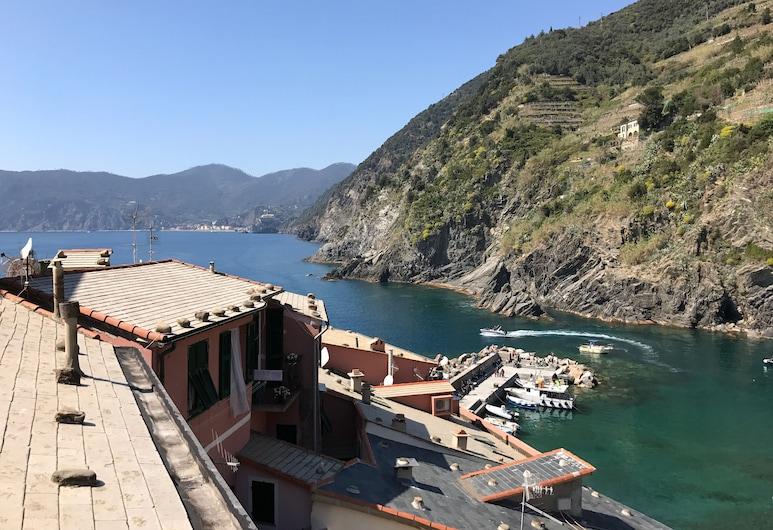 Mada Charm Apartment - Jacuzzi - Romantic Sea View Terrace, فيرناتسا
