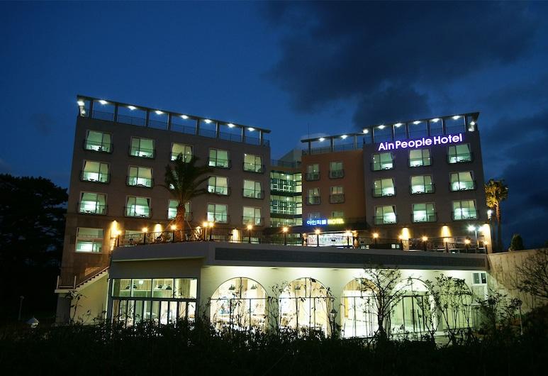 艾因人飯店, Jeju City, 飯店入口 - 夜景