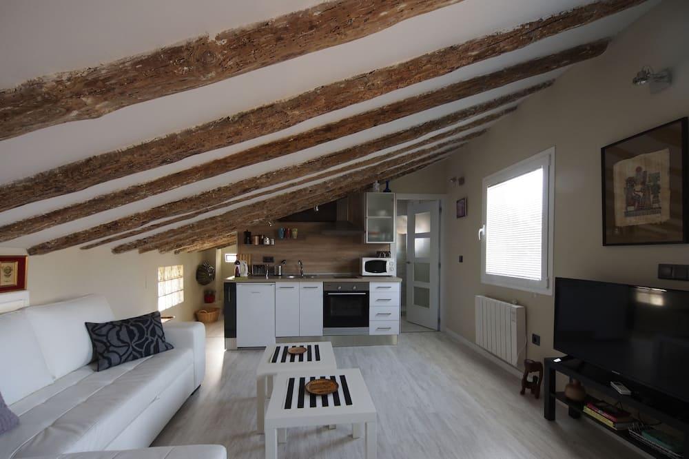 Loft, 2 Bedrooms (18 Torres) - Living Room