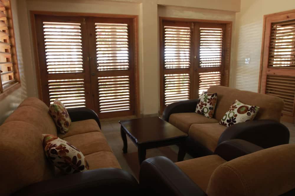 Departamento familiar, 2 habitaciones, cocina, frente al mar - Sala de estar