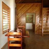Cabaña romántica, Varias camas, balcón, vista al mar - Servicio de comidas en la habitación