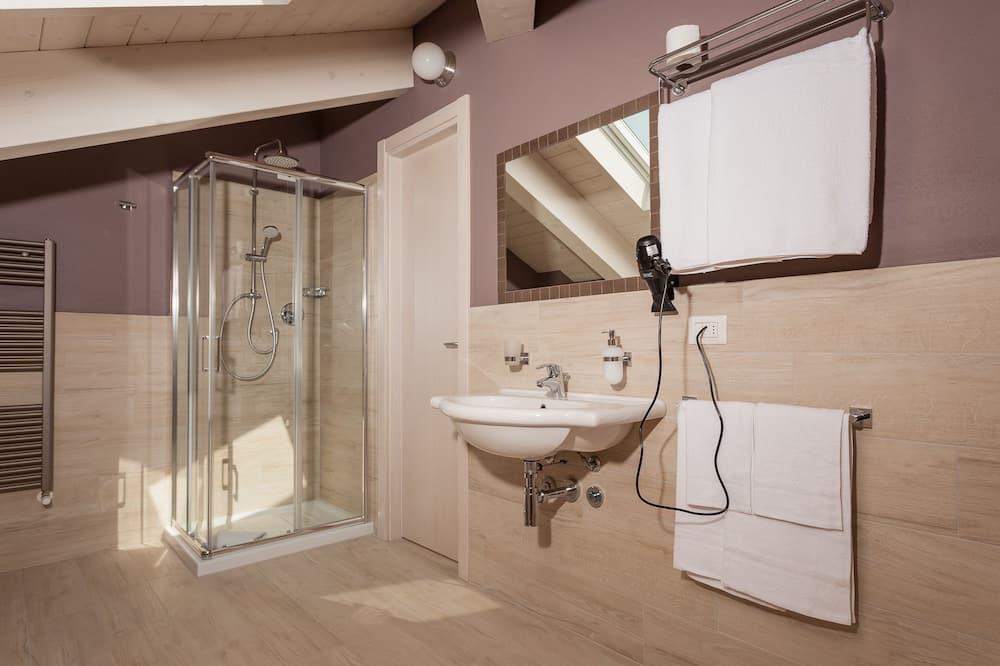 套房, 按摩浴缸 - 浴室