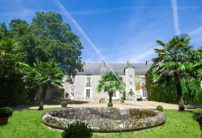 Château de Bois-Briand, Nantas, Vaizdas iš apgyvendinimo įstaigos