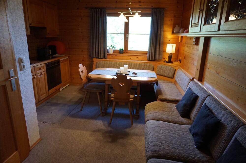 Apartamento Familiar, 2 Quartos, Vista Montanha, Junto à Montanha - Área de Estar
