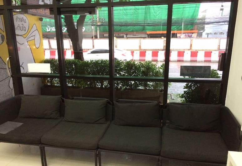Rabbit Room, Bangkok, Lobby Sitting Area