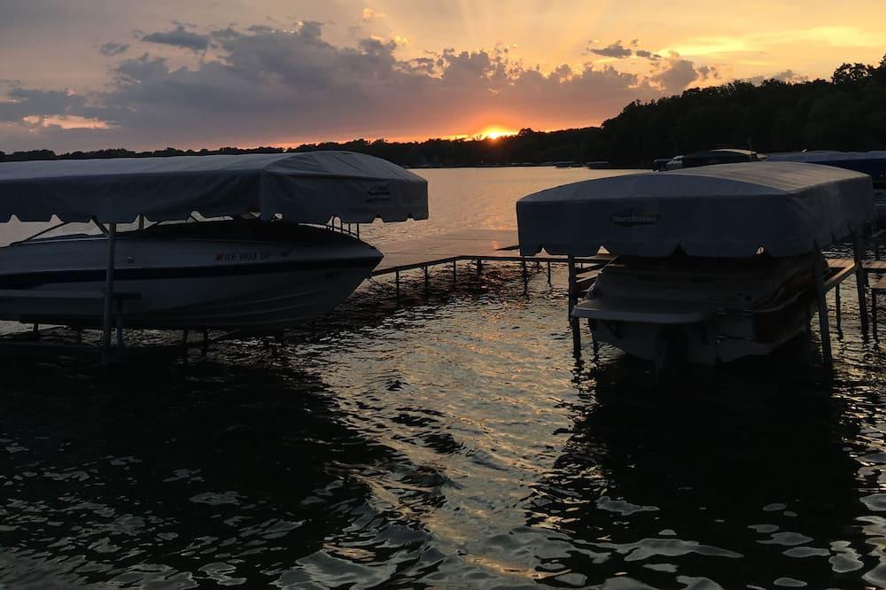 Büyük Yataklı Tek Kişilik Oda - Deniz/göl/nehir manzarası