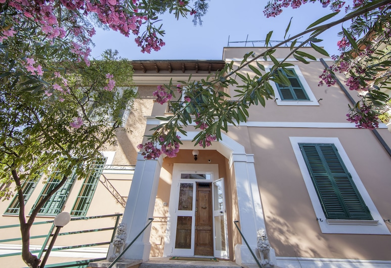 Villa Aurora Residence - Hostel, Rome