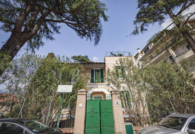 Villa Aurora Residence - Hostel, Roma, Otelin Önü
