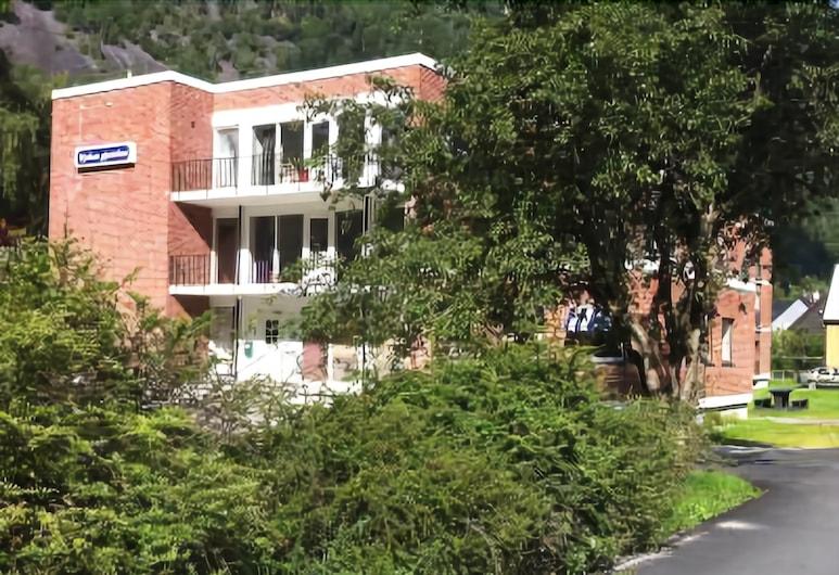 Rjukan Gjestehus, Tinn, Hotellets front