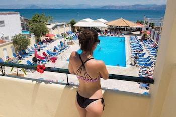 תמונה של Trabukos Beach Complex בקורפו