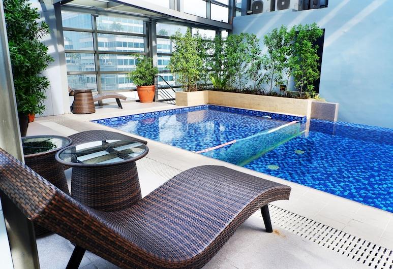 Valero Grand Suites by Swiss-Belhotel Makati, Makati, Kolam Renang