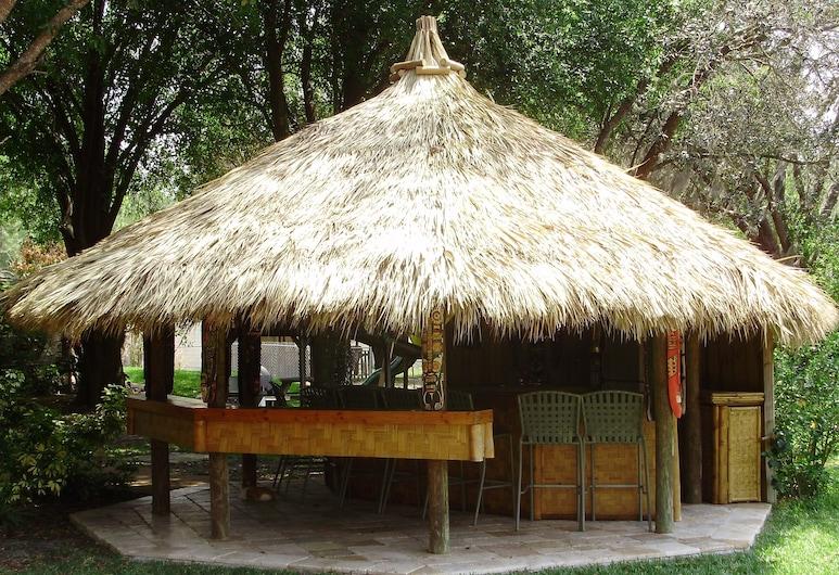 バミューダ ガーデン ホテル, ナイロビ, 外装