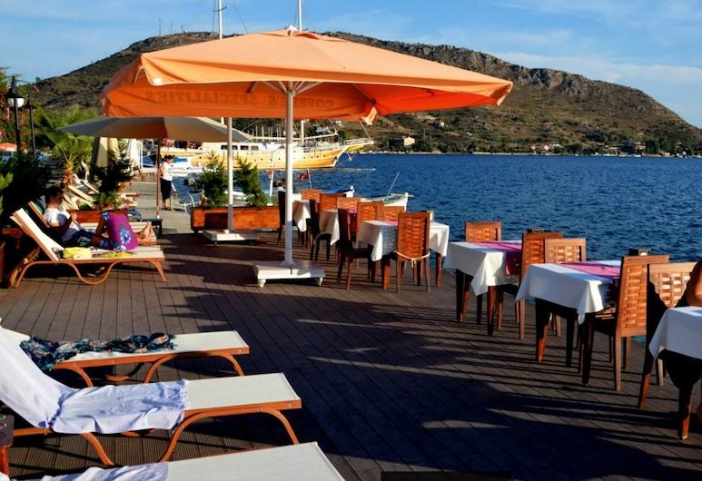 Bozburun Dinc Otel, Marmaris, Açık Havada Yemek