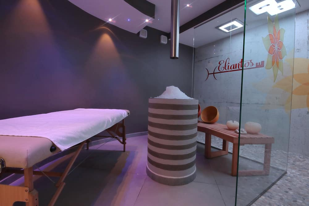 Deluxe Double Room With SPA Package - Wohnbereich
