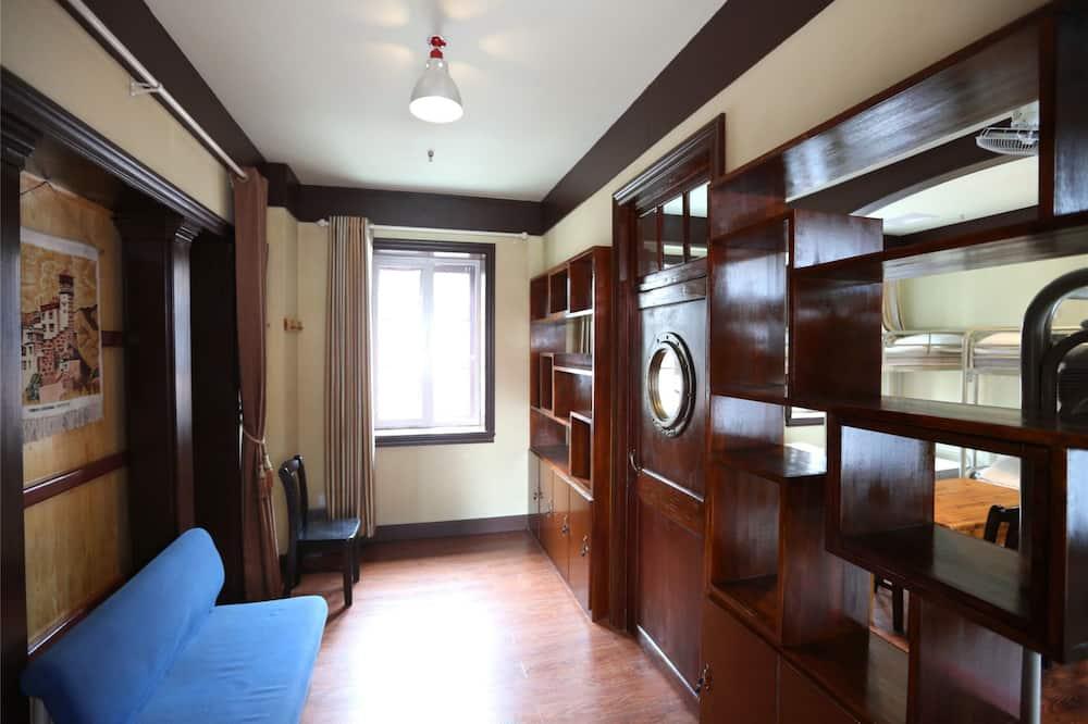 Dormitorio compartido, dormitorio mixto - Sala de estar