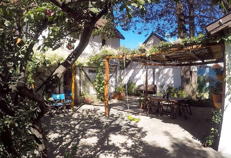 Hotel Turismo, San Martin de los Andes, Courtyard