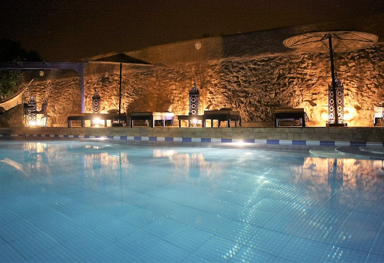DAR DO Bright Berber House With Pool and Garden, Essaouira, Bassein