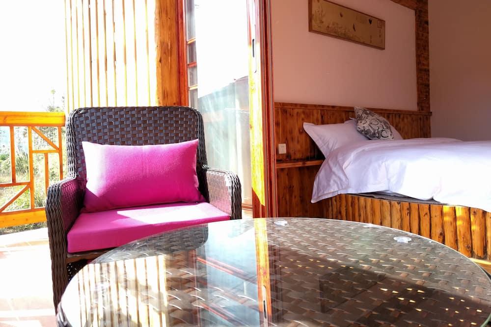 חדר דה-לוקס זוגי, מיטת קינג, מרפסת, נוף להר - מרפסת