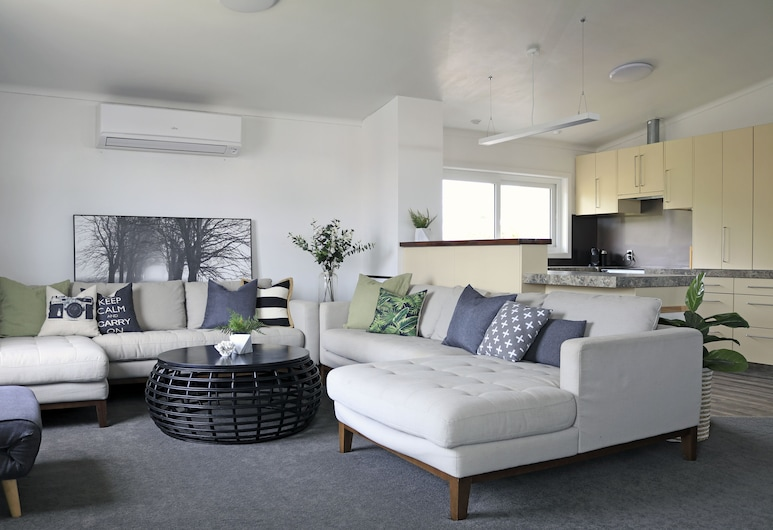 Stay Mission Bay, Auckland, 3 Bedroom House (9B), Living Area