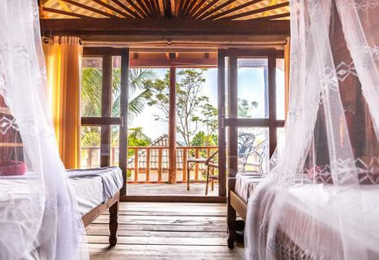 Happy Elephant Bungalows, Koh Rong, Bungalow, Balcony, Guest Room