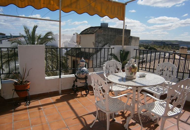 Hostal Almanzor, Córdoba, חדר לארבעה, מרפסת/פטיו