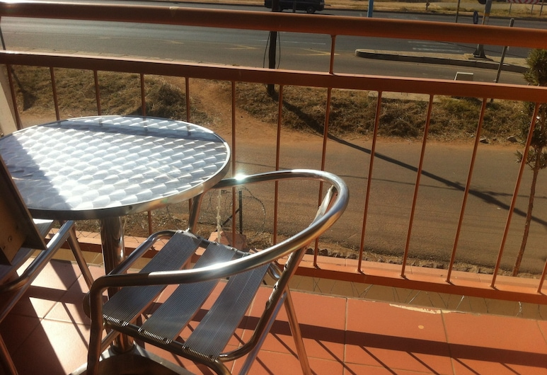 Cactus Inn, Gaborone, Balcony