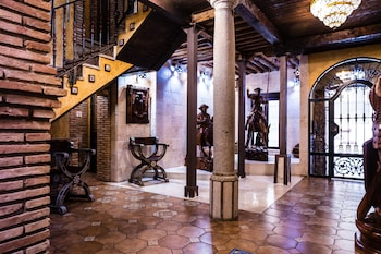 A(z) Casa de Reyes hotel fényképe itt: Granada