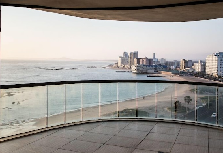 Loddeys Ocean View Apartments, Cape Town, Apartment 1 , Balcony