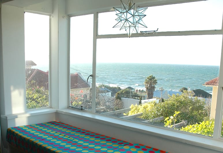 Blue On Blue Bed and Breakfast, Cape Town, Guest Room View