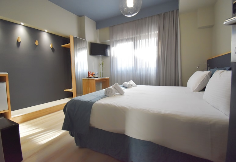 Be My Guest Athens, Athens, Standard Double or Twin Room, Guest Room