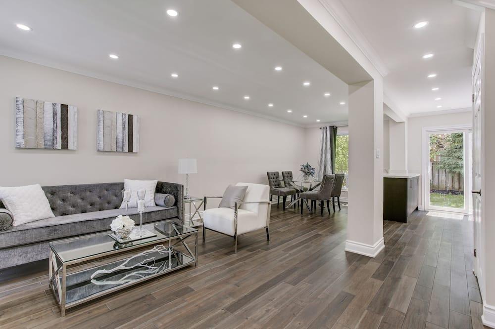Premium House, 4 Bedrooms - Bilik Rehat