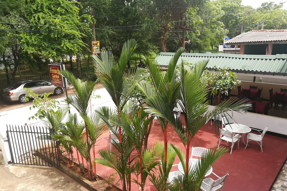 French Garden Tourist Rest, Anuradhapura