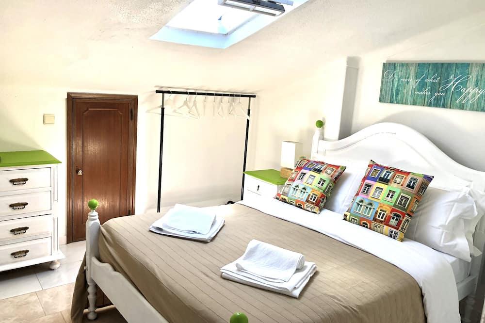 Pokój dwuosobowy, podstawowy, prywatna łazienka (Crismina room) - Łazienka