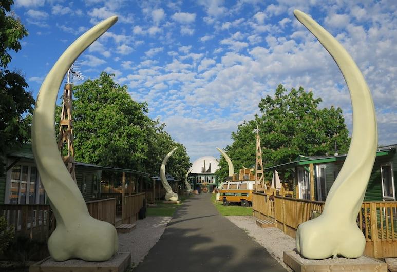Adventurer's Village Milton Keynes, Milton Keynes, Cabin tiện nghi đơn giản, 1 phòng ngủ, Mặt tiền nơi lưu trú