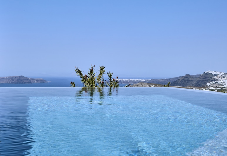 Nova Luxury Suites, Santorini, Deluxe Suite, Private Pool, View from room