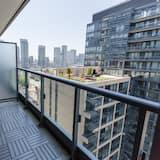 Pilsētklases dzīvokļnumurs, divas guļamistabas, skats uz pilsētu - Balkons