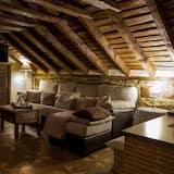 Phòng Suite (N2) - Phòng khách