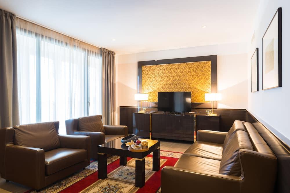 Grand Suite, Terrace, River View - Ruang Tamu