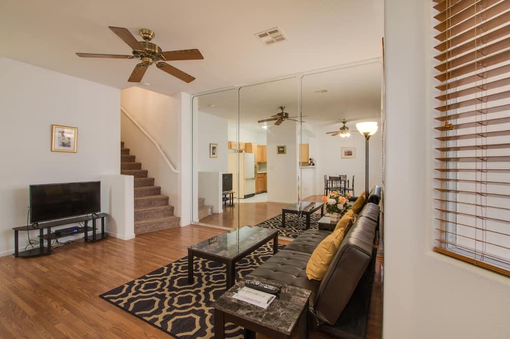 Casa adosada básica, 2 habitaciones, no fumadores, acceso a la piscina - Zona de estar