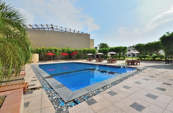 Picture of Glitz Westend Inn in New Delhi
