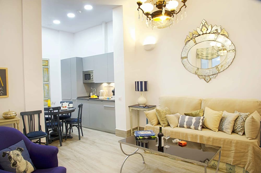 Grand Deluxe Apartment, 2 bedrooms - 거실