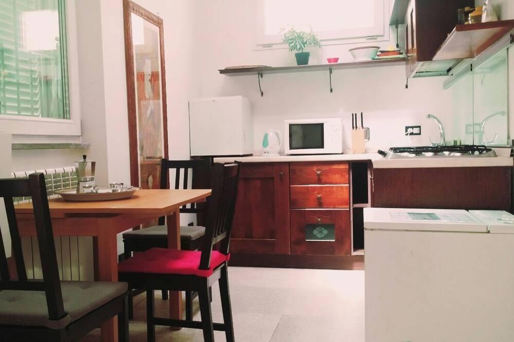 Lägenhet - 2 sovrum - Vardagsrum