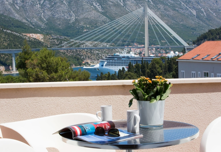 Luxe Dubrovnik Apartments, Dubrovnik, Cobertura premium, 3 quartos, Vista do quarto