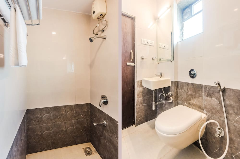 Standardværelse med dobbeltseng eller 2 enkeltsenge - 1 dobbeltseng - Badeværelse