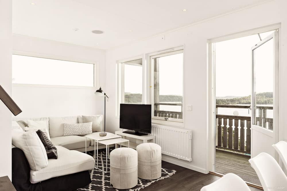 Apartment Suite 420, 2 floors (1-8 persons) - Living Area