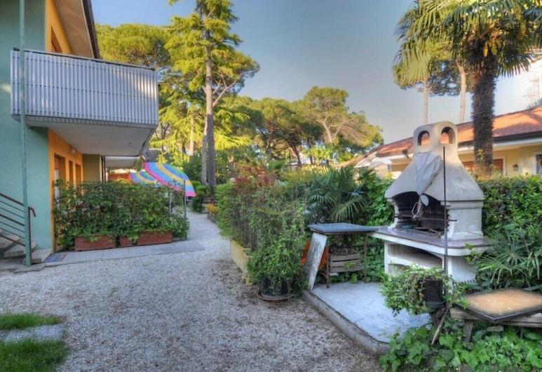 羅拉住宅別墅, 利加諾黃金沙灘, 外觀