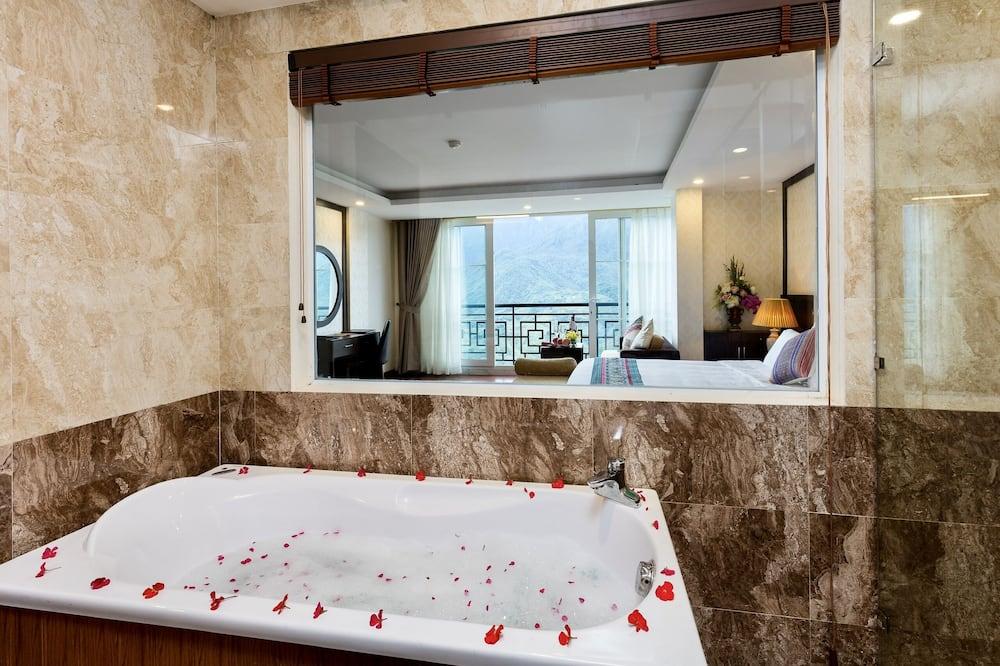 Lakosztály, kilátással a hegyre (Diamond) - Fürdőszoba