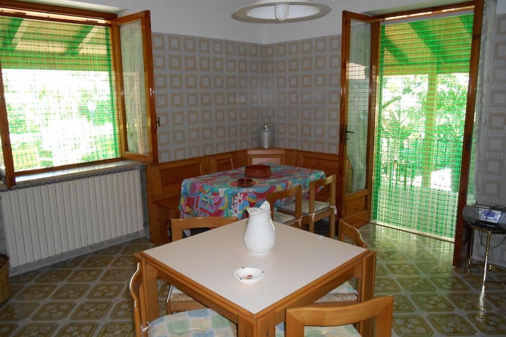 Villa, 2 habitaciones, mirando al jardín - Comida en la habitación