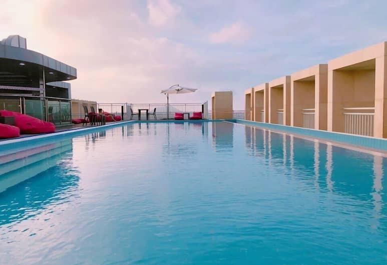 濟州成山金鬱金香飯店, 西歸浦, 頂樓游泳池